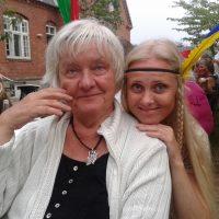 Margitta og Susanne S.27 (1200x900)
